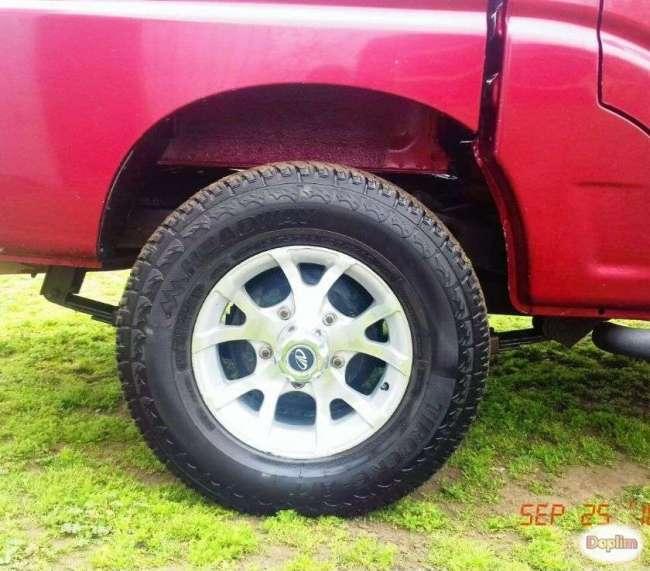 Excelente Camioneta Mahindra PIK-UP Xl doble cabina 2.2
