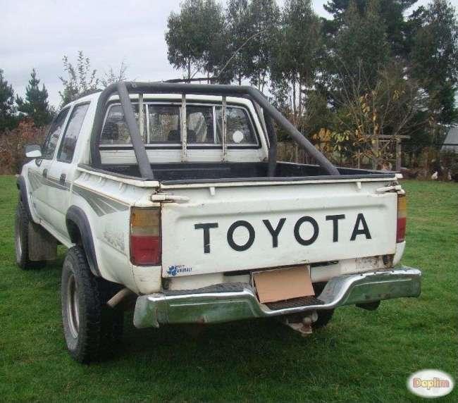 Vendo camioneta Toyota 4x4,Contactarse.