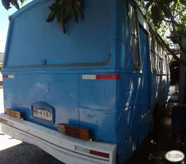 Excelente Micro bus mercedes benz
