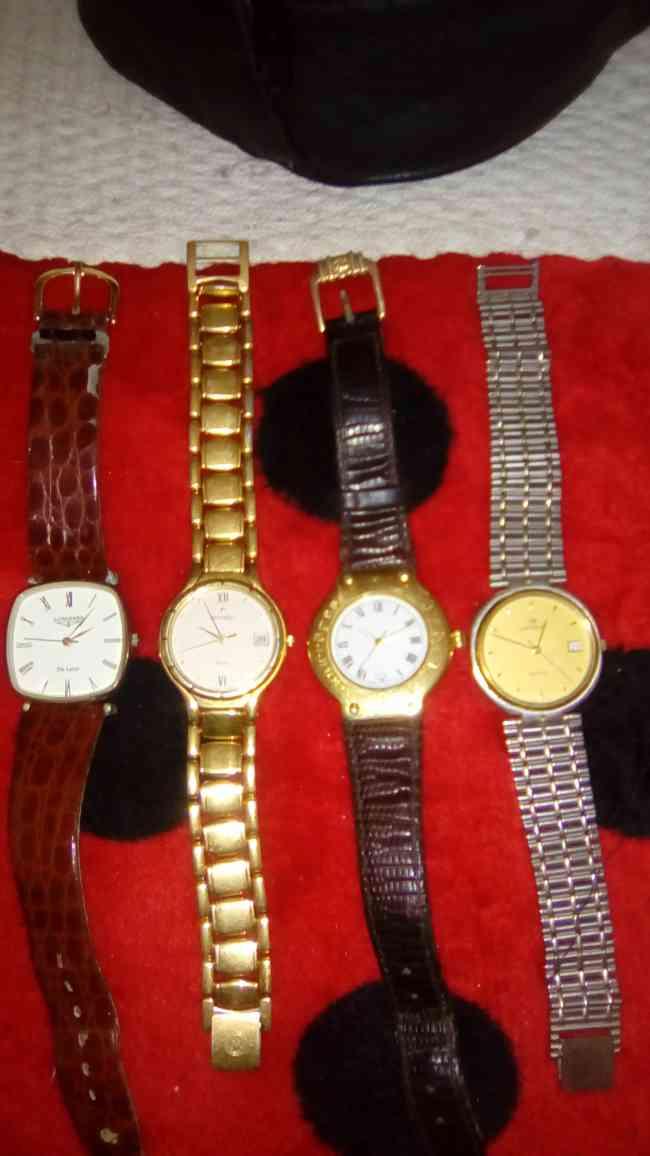 Vendo relojes de marca