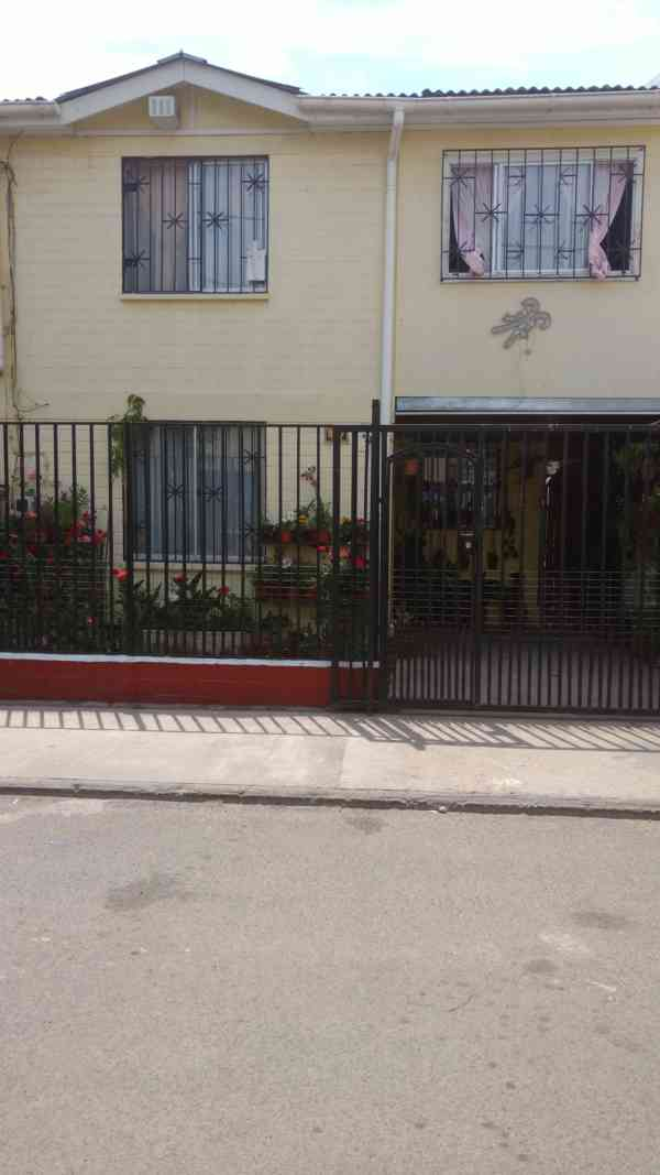 gran oportunidad vendo casa en villas los prados quilicura