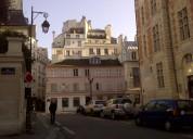 Nativo francés ofrece clases de refuerzo para personas