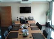 Oficina amplia con terraza y sala