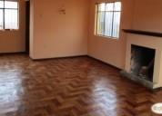 Linda casa dos pisos independiente nueva