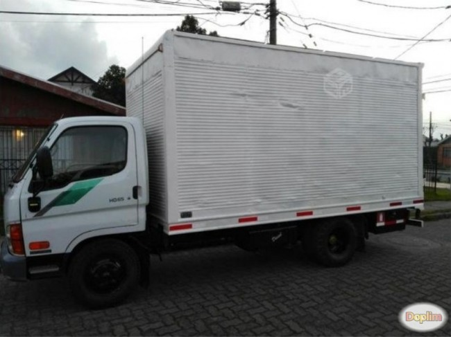 Arriendo Excelente camion de 2 y 4.5 ton a empresas con chofer