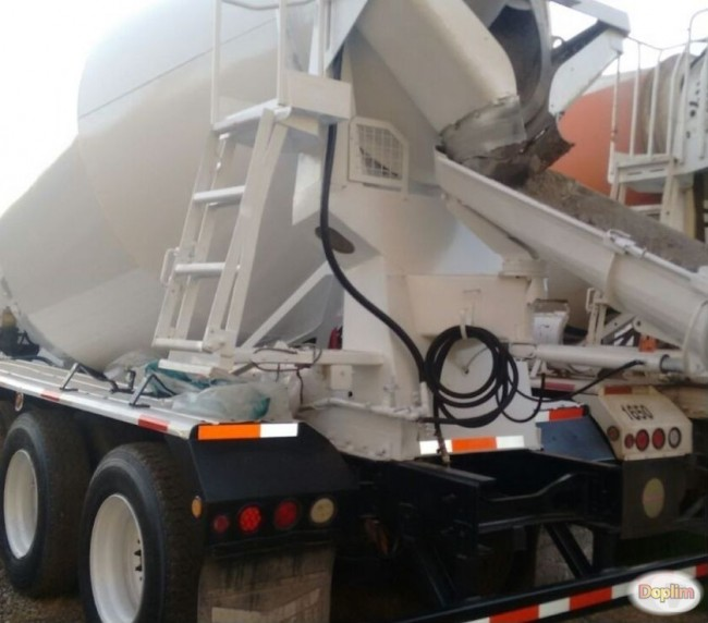 Camion Mixer International 7600, año 2008