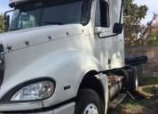 Vendo dos camionetas freighliner año 2004 y 92