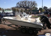 Excelente boston whaler 20 dauntless con 175.