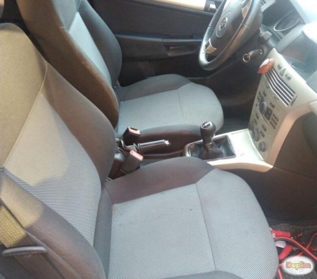 Excelente Chevrolet Astra 2010