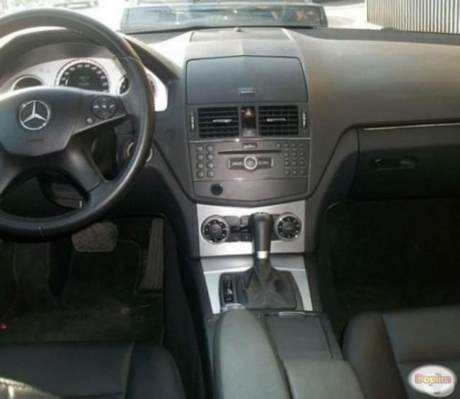Excelente Mercedes-Benz C-200 AT