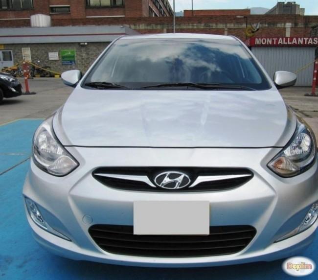 Excelente Hyundai Accent 1.6 AT