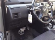 Vendo excelente nissan x-trail 2.5 full