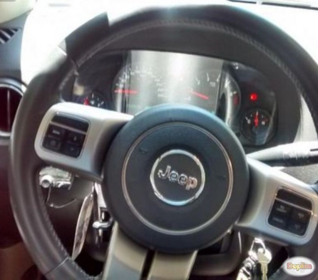 Excelente Jeep Compass 2.4 AT