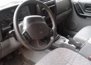 Vendo por viaje jeep. contactarse.