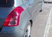 Excelente suzuki swift 2010