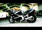 Kawasaki zx4 permuto o vendo