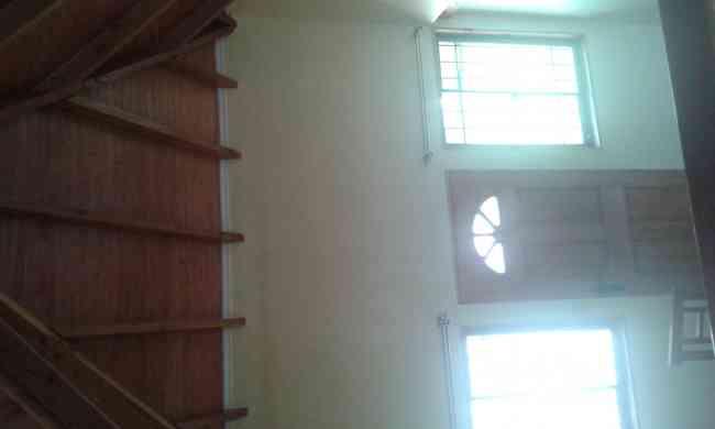 Arriendo  lindo departamento  interior en casa en condominio en peñalolen