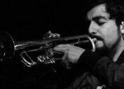Clases particulares de trompeta y música.