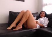 Soy una chica colombiana modelo webcam,que quiere recorrer cada parte de tu cuerpo si me lo permite