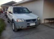Se vende jeep ford escape