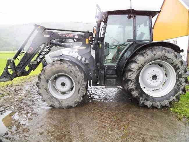 Tractor lamborghini r3