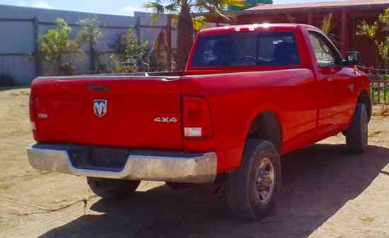 Camioneta Dodge Ram 2500 SLT 4X4