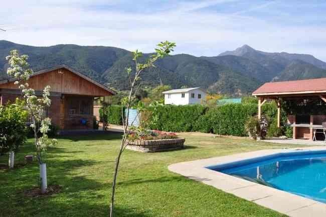 Arriendo casa en Olmué con piscina y quincho amoblada