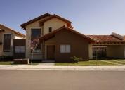Fernandez escobar vende casa 3d 3b condominio jardin de los villares