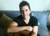 Clases de canto y guitarra personalizadas, horarios flexibles