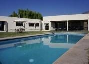Fernandez escobar vende casa 4d 3b piscina condominio el golf rinconada