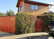 Se vende casa dos pisos bien ubicada quilpue