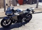 Vendo linda moto cbr 500 r