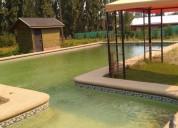 Preciosa y conveniente parcela con piscina