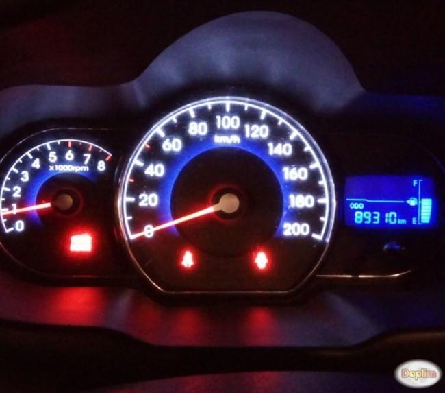 Excelente Hyundai i 10 full