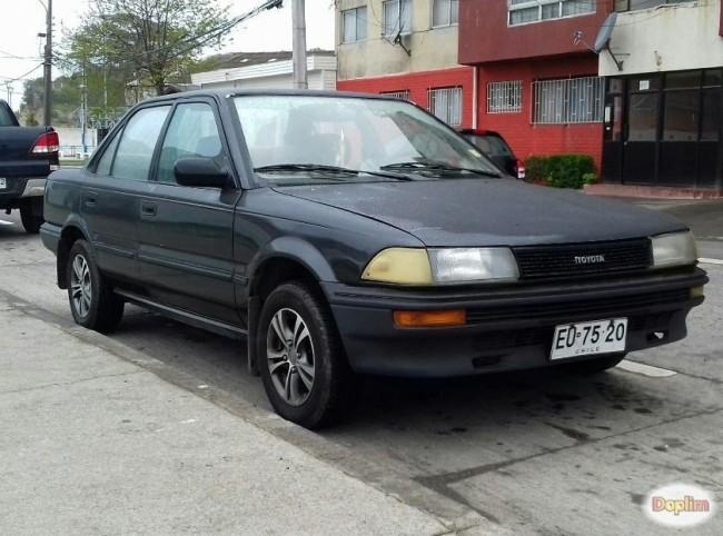 Excelente Toyota corolla 1.3 año 89