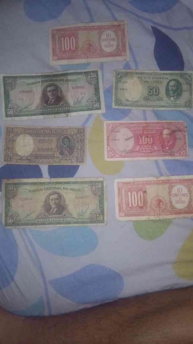 Billetes antiguos chilenos y argentinos