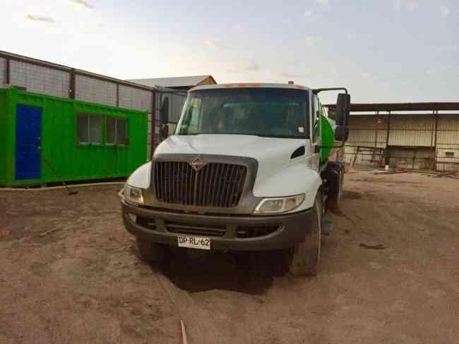 Agua potable en camión Aljibe Inservic SpA Calama