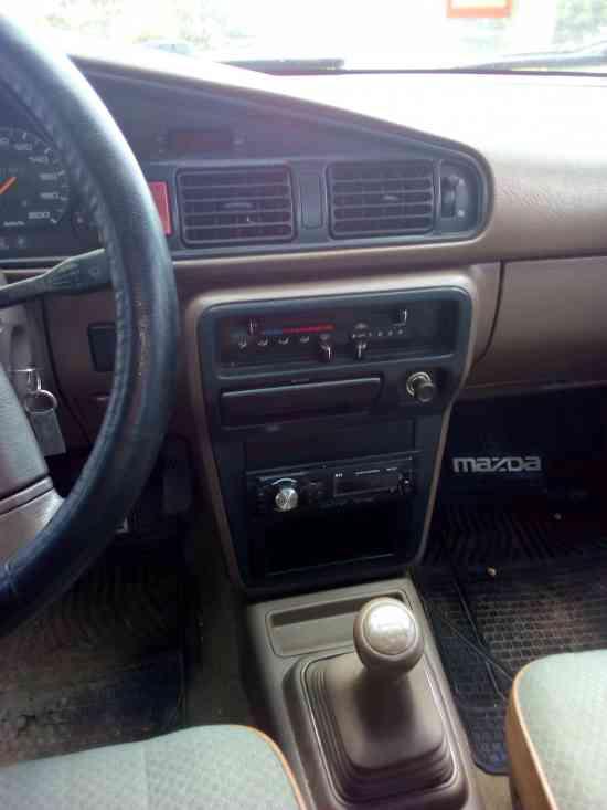 Vendo Mazda 626 año 1990 impecable y al día