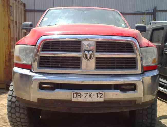 VENDO CAMIONETA DODGE RAM 2500 C/KIT LEVANTE +56996132272