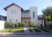 Excelente casa,moderno diseño,condominio