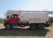 Excelente camion aljibes freightliner 2013 m2, san bernardo