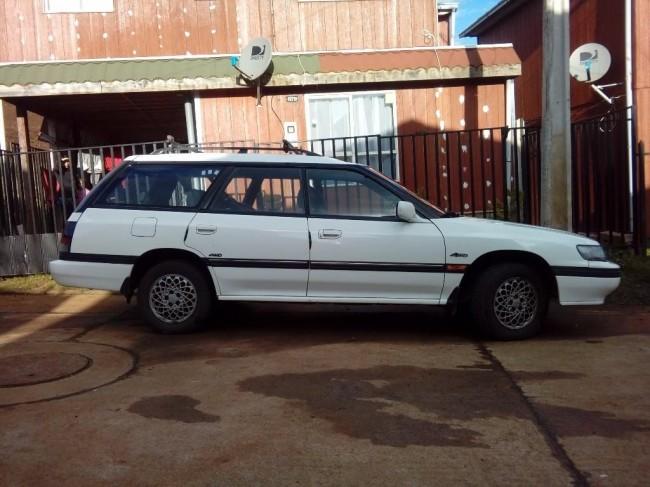 Excelente Subaru Legacy 1993 4x4, Temuco