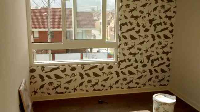 maestro instalador papel mural
