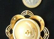 Colgante o prendedor oro 18k hecho a mano