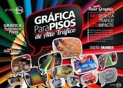 Logotipos y gráficas adhesivas de alto trafico