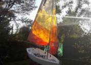 Excelente velero en santiago
