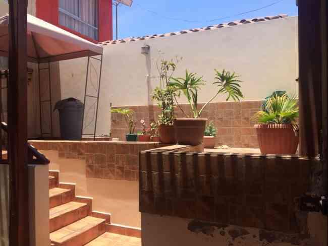 Vendo amplia y cómoda casa en Villa Las Palmas
