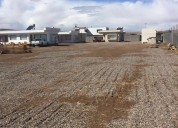 Se vende terreno con 8 cabañas sector topater