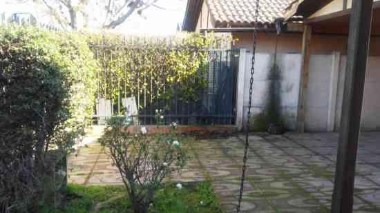 Venta de casa en Peñaflor, Sector Rosales