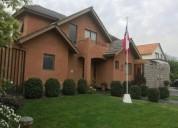 Se vende bella y amplia casa en chicureo chamisero 3 5 dormitorios 150 m2